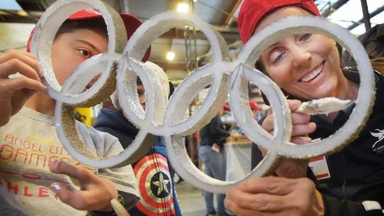 LA's Rose Parade float aims to sway Olympic voters