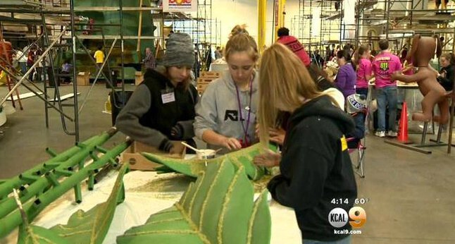 Rose Parade Float Decoration Hits Its Stride